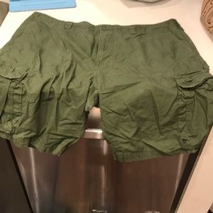 Goodfellow and Co cargo shorts size 40 nearly new